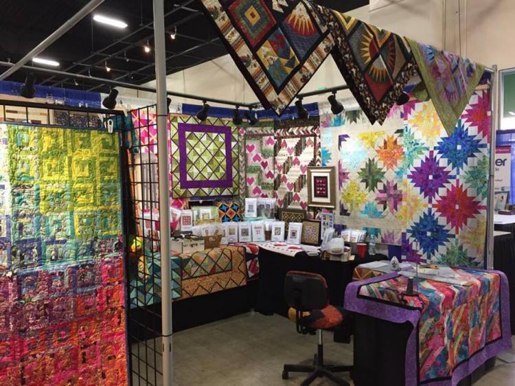 Photo Gallery Sew Quilt Needlework Craft Expo Festivals